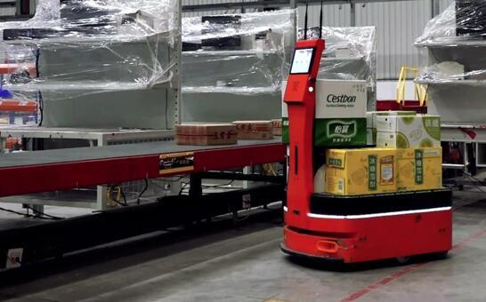 """双11大考后 AICRobo仓储运输机器人成""""网红""""拣货员"""