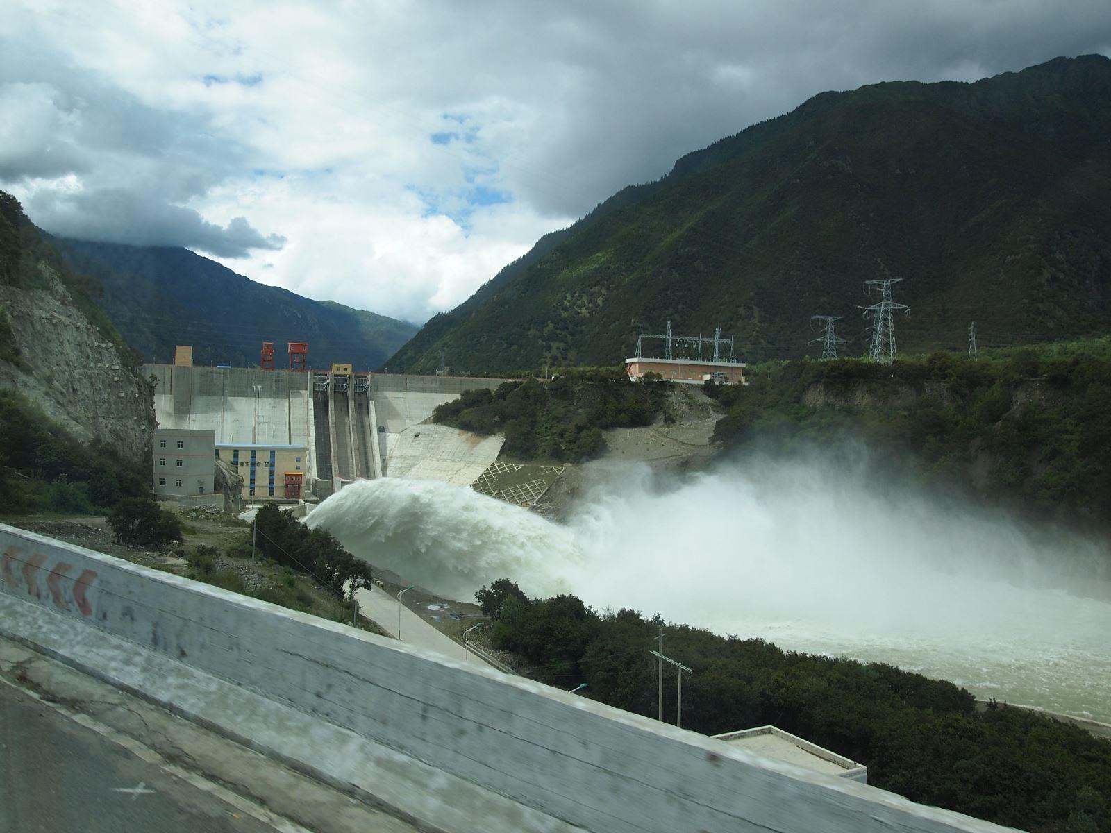 大唐华银怀化水电公司小洪电站1、2号机组投产发电