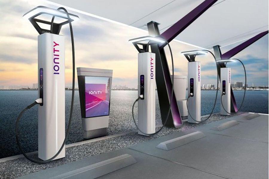 到2030年欧盟需将电动汽车公共充电桩数增加15倍