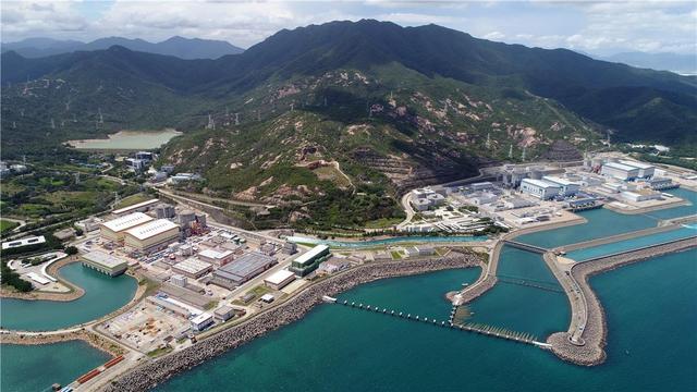 大亚湾核电基地岭澳核电站