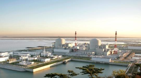 田湾核电三期6号机组汽轮机扣盖成功