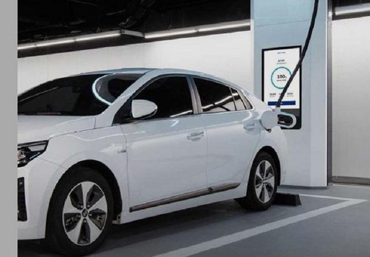"""现代推出超高速电动汽车充电装备""""Hi-Charger"""""""