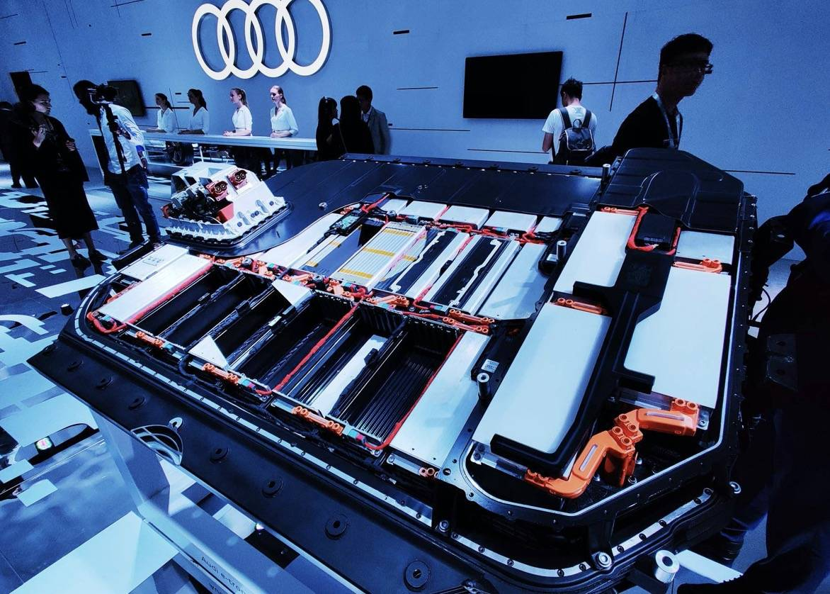 奥迪e-tron动力电池组