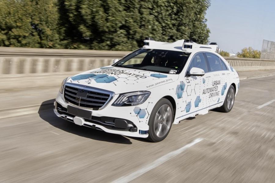 博世与奔驰的自动驾驶车/奔驰官方