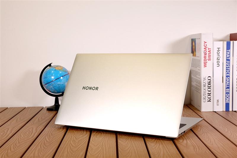 轻薄本配标压处理器!MagicBook Pro锐龙版评测