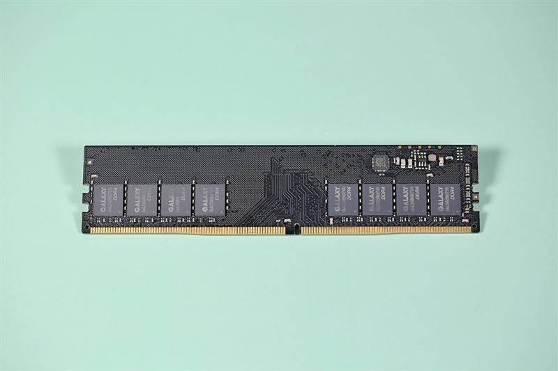 稳超4133MHz!影驰GAMER Blue DDR4 3000内存评测:289元还能要求什么