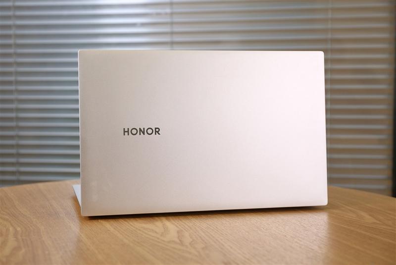 荣耀MagicBook Pro 2020评测:16.1英寸理想屏 MX350