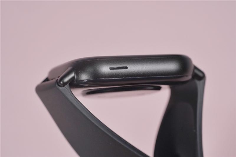 绚丽方屏!华米Amazfit GTS 2智能手表评测:血氧检测 语音助手齐登场