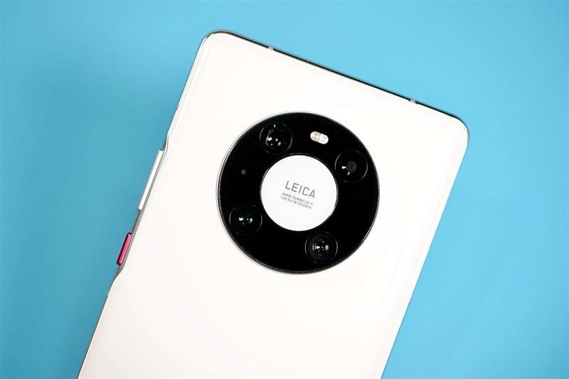 全球首款自由曲面镜头手机告别畸变!华为Mate40 Pro 超大杯评测