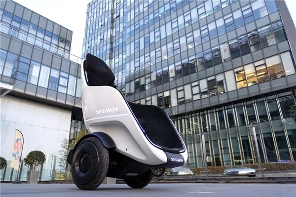 赛格威推轮椅平衡车:坐上来自己动