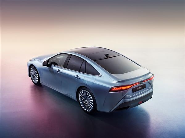 续航大增30% 超650公里!丰田第二代氢燃料电池车Mirai官图发布