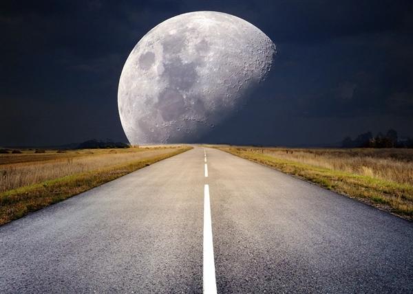 """又上线了!嫦娥四号探测器和""""玉兔二号""""月球车顺利唤醒"""