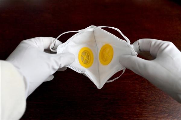 每人每周只能买2只 韩国口罩实行身份证单双号限购