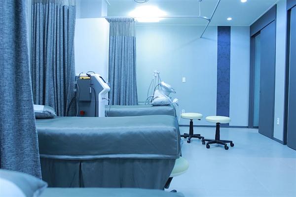 日本大量生產獸用呼吸機用于新冠患者:成本更低 更易操作