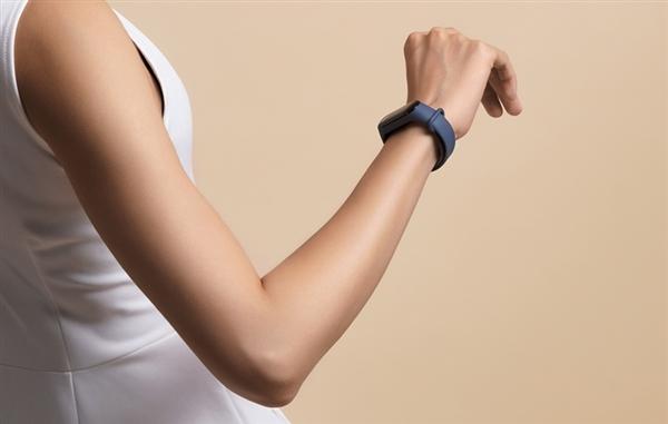 美军研发可穿戴设备检测新冠病毒:像手表一样戴在手腕上
