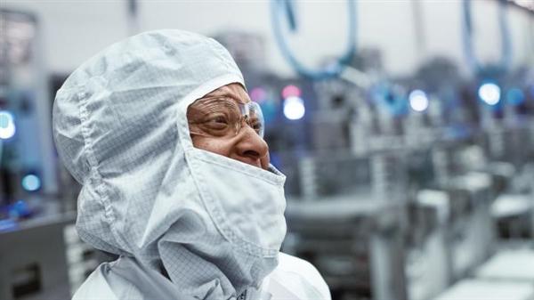 特朗普熱情呼喚Intel、臺積電:來美國建廠吧