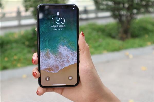 留有余地?三星为新iPhone提供的不是最强的LTPO OLED屏
