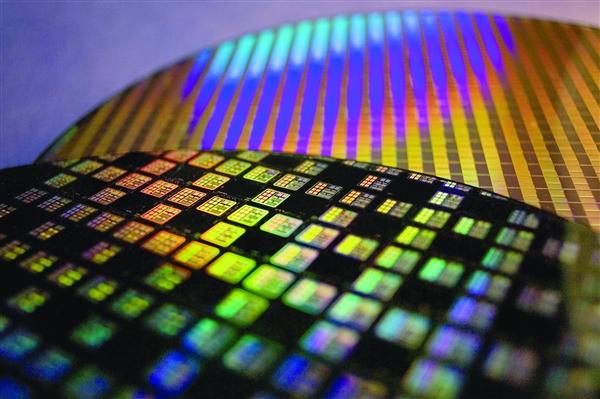 国之重器突破!中国第一台半导体激光隐形晶圆切割机研发成功