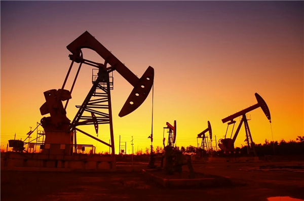 """国内成品油调价窗口今日开启 提议取消""""地板价"""""""