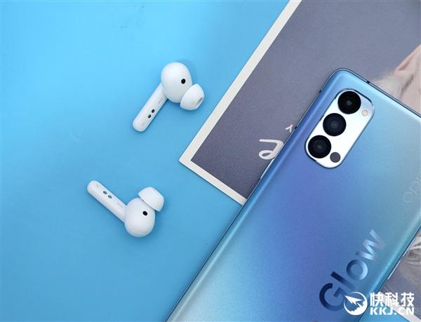OPPO真无线蓝牙耳机Enco W51图赏:支持降噪 一周只需充一次电