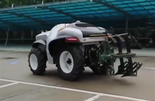 外形科幻!中国首台5G+氢燃料无人驾驶拖拉机发布:24小时待命