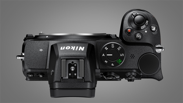 尼康最便宜全画幅无反Z5发布:轻量化机身、双SD卡