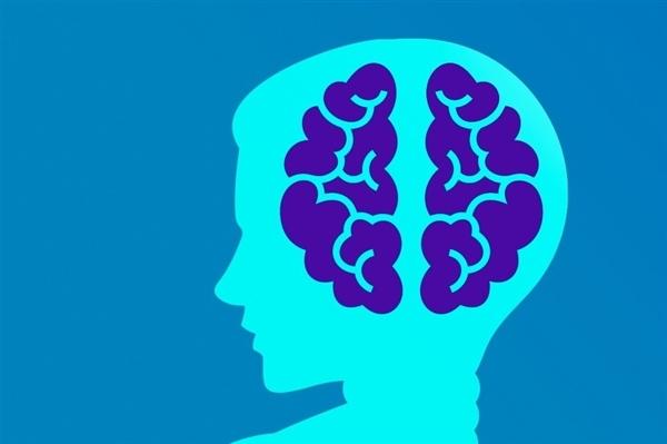 """周鸿祎强烈反对马斯克""""脑机接口""""技术广泛应用:会有人入侵你的大脑"""
