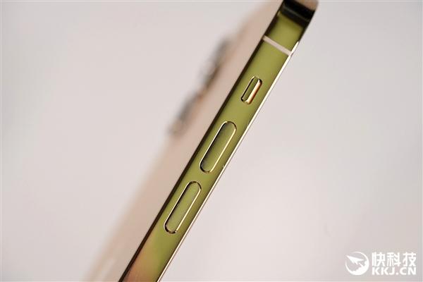 iPhone 12 Pro图赏:时隔六年 重回硬朗