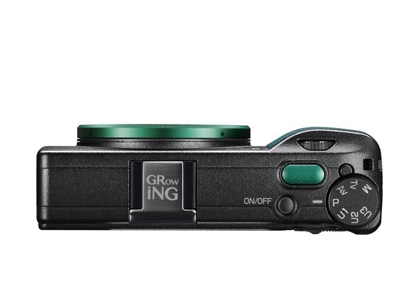 理光发布GR III ING限量版数码相机 外观独特:机身黑配绿