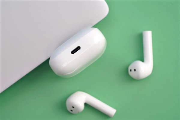 Redmi首款半入耳式耳机图赏:首发仅159元/续航20小时