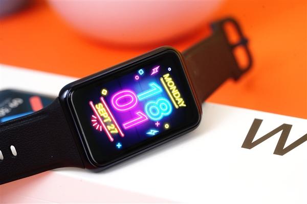 OPPO Watch Free智能手表图赏:仅33g