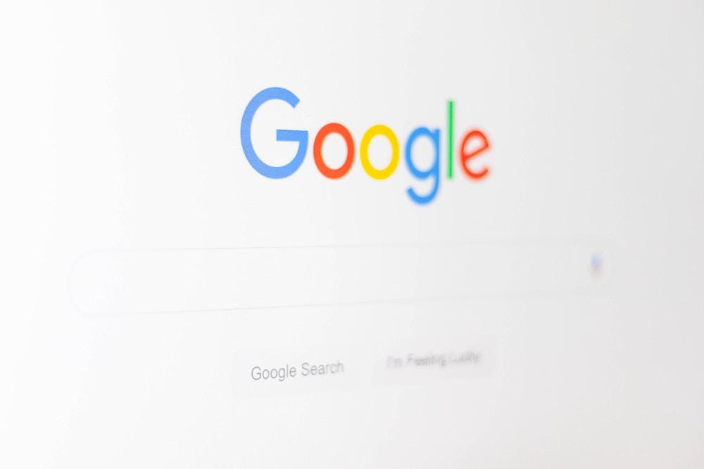 google-christian-wiediger-zhZydTyNMPg-unsplash