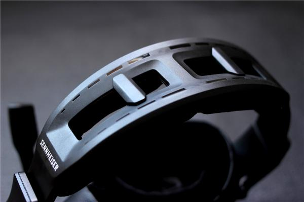 全新封闭式声学,高端局吃鸡游戏神器—森海塞尔GSP600游戏耳机体验