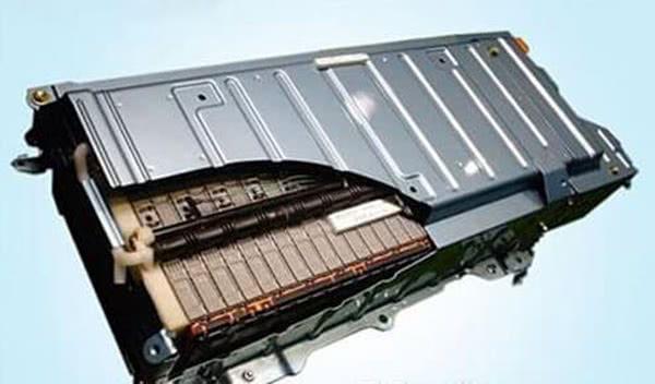 负面不断的特斯拉让动力电池供应商松下试图摆脱对它的依赖