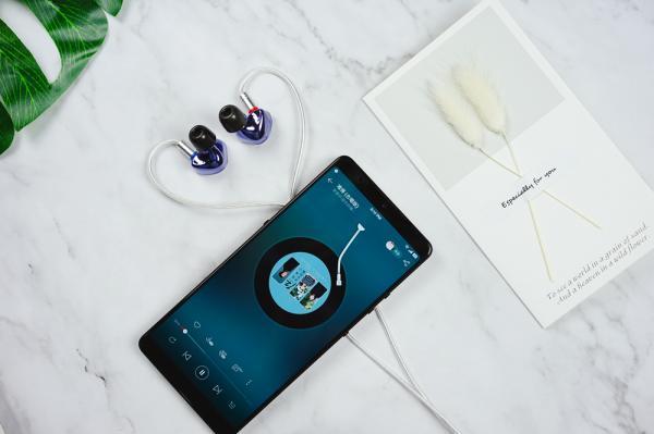 """iBasso IT01s评测:青出于蓝而胜于蓝,动圈""""三相之力"""""""