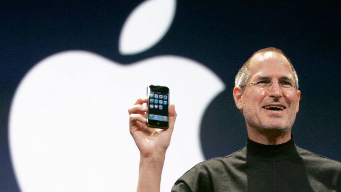 """苹果手机频繁降价背后,品牌""""心智失位"""",生态优势不在"""