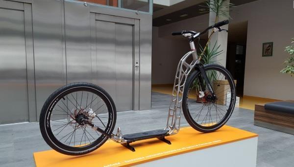 捷克大学团队开发出第一款仿生3D打印滑板车