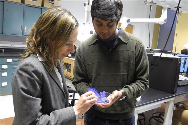 RIT研究人员创造了3D打印的生物聚合物结构,以帮助身体自我愈合