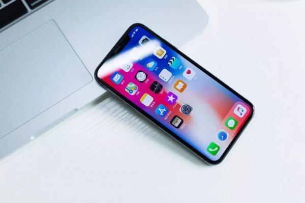 对抗华为P30!分析师称下一代iPhone将大幅升级摄像头