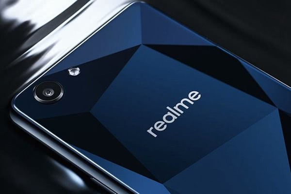 realme回归国内市场,因OPPO提升出货量的迫切需要