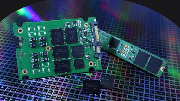 SK海力士推SSD新品 72层3D TLC最大8TB