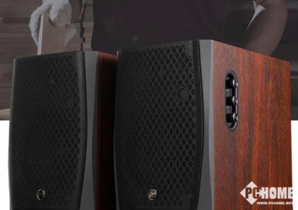 惠威D1090音箱 1999元享家居声音新体验