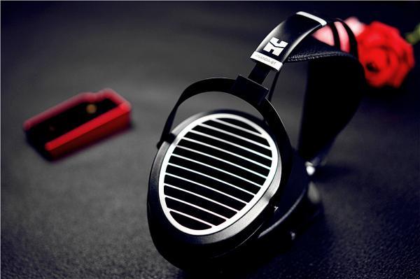 这才是真发烧级HiFi无线耳机——ANANDA-BT平板耳机体验