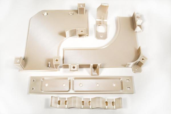 看看和应用的区别----FDM高温塑料打印