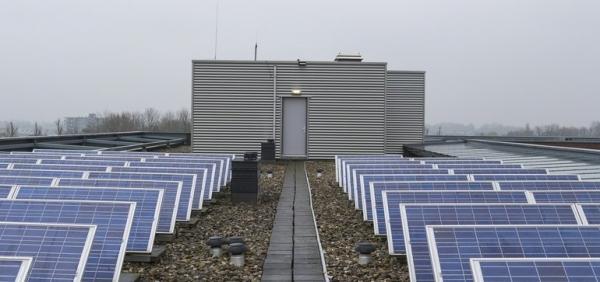 电动汽车、太阳能、储能和应用软件关系能源未来