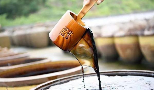 液位传感器在液体类调料酱醋液位监测中的作用