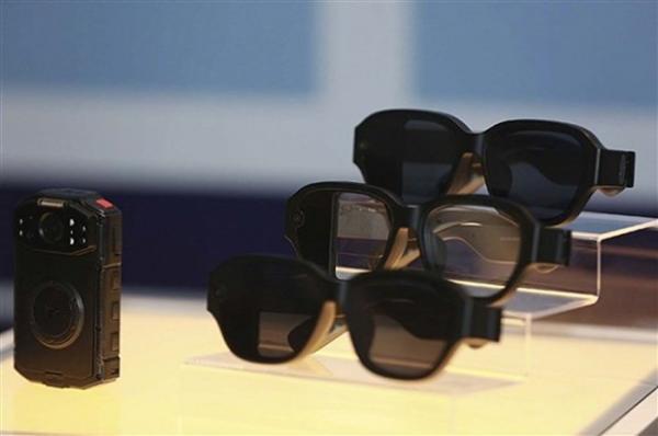 还记得大明湖畔的酷派吗?它还活着,刚发了一款AR眼镜