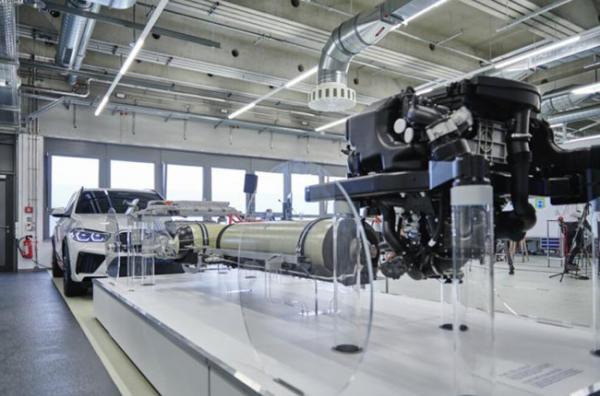 寶馬將小批量生產氫燃料電池車 4分鐘充能
