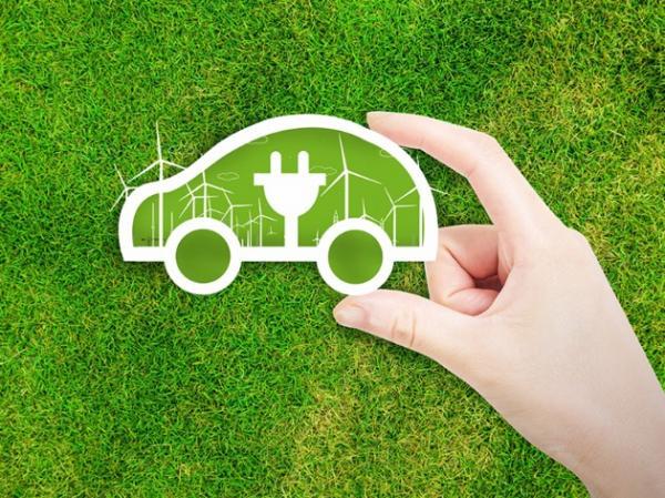 德国高速公路启动太阳能储能电动汽车快速充电