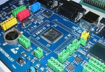 是什么让汽车电子PCBA的激光焊接加工发展利好?